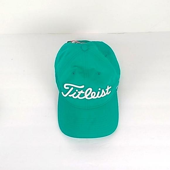 Titlist FJ Pro V1 Golf Hat